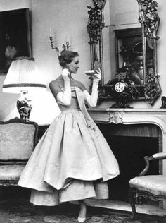 Balenciaga, 1955. Beautiful. Sooo Julie Andrews.