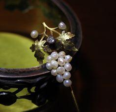 REGARD Co.,Ltd Brooch, Love, Jewelry, Amor, Jewellery Making, Jewelery, Brooches, Jewlery, Jewels