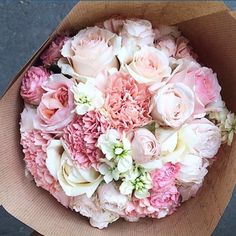 Pale carnations and roses