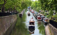 """DISCOVER THE CANALS OF MAIDA VALE (""""LITTLE VENICE"""")  Directly north of Paddington is the tranquil pocket affectionately known as Little Venice. The area is a popular tourist attraction mainly due to the picturesque canals with Narrowboat cruises."""