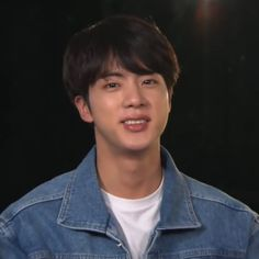 Jin  | 『˗ˏˋPinterest - @strawberrymurlk ˎˊ˗』