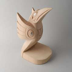 horne_doug_20x_10x_11_hummingbird sculpture_red cedar_abalone_1800_01