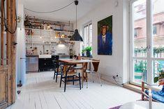 eklektyczne mieszkanie, styl skandynawski, biała podłoga z desek, mieszkanie w stylu skandynawskim, styl industrialny
