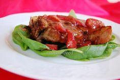 Μπριζόλες χοιρινές με σάλτσα φράουλας/ Pork chops with strawberry sauce Scroll down for recipes