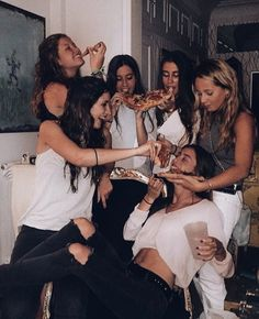 46 New Ideas party friends night pictures sisters – girl photoshoot Photos Bff, Best Friend Photos, Best Friend Goals, Cute Photos, Shotting Photo, Cute Friend Pictures, Night Pictures, Party Pictures, Cute Friends