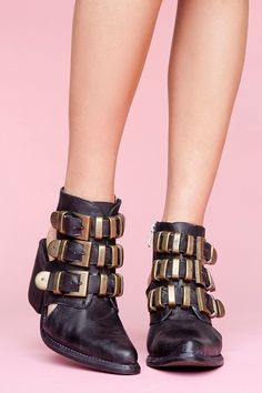 $258Tripoli Cutout Boot in Shoes Our Most-Loved Stuff at Nasty Gal