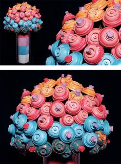 Canlove: Recycled Graffiti Spray Can Art by Chalk