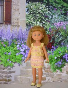 Ensemble gilet et jupe pour poupée Chérie - http://p0.storage.canalblog.com/09/64/1066432/105539391.pdf