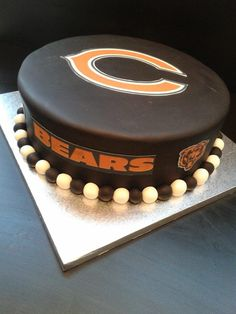 An online cake shop that delivers. Chicago Bears Cake, Chocolate Deserts, Glaze For Cake, Cheesecake Desserts, Cakes For Men, Bear Cakes, Cake Shop, Cake Decorating, Auckland