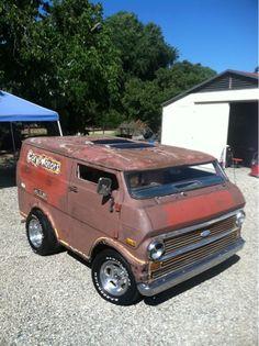 ✙Sixshooter✙: Vannin' my shortened, chopped, econoline van!