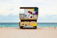 French photographer, Léo Caillard, has uniformally captured the Miami beach huts that were whimiscally rebuilt after Hurricane Andrew destroyed the original lifeguard towers in {Images via It's Nice That by Leo Caillard} Pretty Beach House, Beautiful Beach Houses, Beautiful Beaches, Miami Beach House, Miami Life, Leo, South Beach, Overlapping Art, Beach Lifeguard