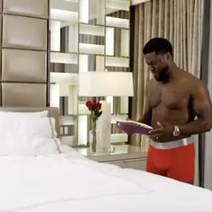 Kevin Hart Its almost Valentines Day ladies.Get your man the gift of comfort. Kevin Hart, Hollywood, Valentines, Gift, Valentine's Day Diy, Valentines Day, Valentine's Day, Gifts