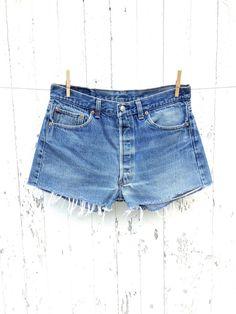 vintage levis 501 shrink to fit high waist cut off shorts. Denim Shorts Style, Blue Jean Shorts, Blue Jeans, Vintage Shorts, Vintage Jeans, Levis 501, Short Skirts, High Waist, Jeans Size