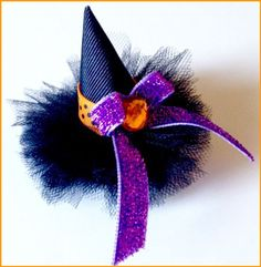 Witch Hat Hair Clip by Brittany Making Hair Bows, Diy Hair Bows, Diy Bow, Ribbon Making, Halloween Witch Hat, Halloween Bows, Halloween Hair Clips, Halloween Cards, Hair Ribbons