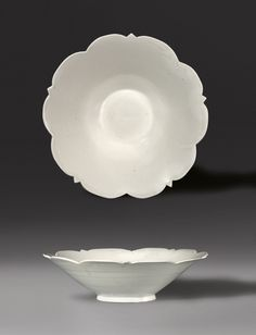 A conical bowl with five-point foliate rim, Late Tang Dynasty-Five Dynasties, A. Century, North China © 2015 J. Lally & Co. Ceramic Plates, Porcelain Ceramics, Ceramic Art, White Ceramics, Pottery Bowls, Ceramic Pottery, Chinoiserie, Ancient China, Ancient Greek