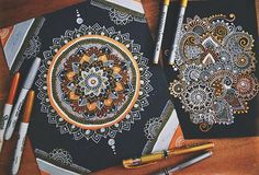 Hey guys! 😚 I'm super sorry for being so inactive, but I'm finally free from exams woo💪🏽 A lil throwback to some of my favourite gold and silver pieces! I hope your all having an awesome day! 😘 I'll have a new drawing up as soon as possible! ☺️ #goldandsilver#mandala#zentangle#sharpies
