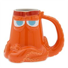 Hot chocolate is even more of a treat with this Finding Dory character around. This eye-catching stoneware mug brings a burst of colour to your tabletop, and features a handle shaped as Hank's tentacle.