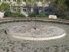 sundial   sundial petach tikva twelve tribes park sundial petach tikva twelve