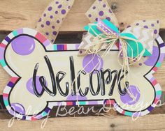 Dog bone, welcome, door hanger, Joley Bean Designs Letter Door Hangers, Burlap Door Hangers, Wooden Crafts, Wooden Diy, Wooden Doors, Wooden Signs, Dog Wreath, Wooden Cutouts, Diy Letters