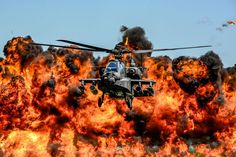 A U.S. Army AH-64D Apache Attack Helicopter assigned to the 1-151st Attack Reconnaissance Battalion [1200800]