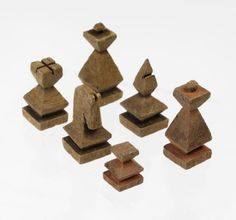 thirty-two small carved wooden chess pieces painted red or black. Wood Shop Projects, Diy Craft Projects, Chess Pieces, Game Pieces, Chess Strategies, Set Card Game, Wood Games, Plastic Pots, Wood Carving