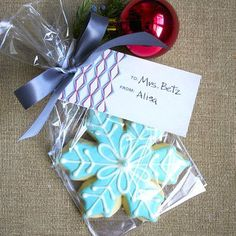 Wrapped Christmas Cookie