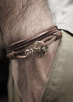 leather + anchor bracelet