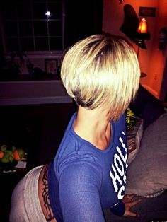 Cute stacked bob- this short in the back!