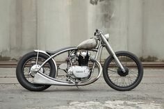 Yamaha XS650 all done up.