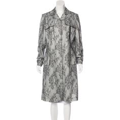 Pre-owned Carolina Herrera Long Lace Coat (¥25,570) ❤ liked on Polyvore featuring outerwear, coats, pattern prints, carolina herrera, long lace coat, black and white coats, pattern coat and long coat