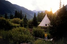 Inspiration Monday: Ready for travel into the wild