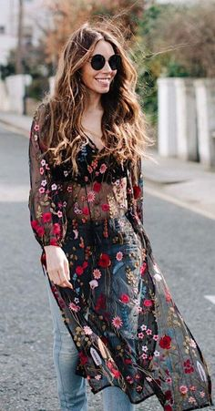 Trendy summer outfits, moda outfits, casual outfits, denim fashion, women&a Trendy Summer Outfits, Boho Fashion Summer, Spring Outfits, Spring Fashion, Red Fashion, Autumn Outfits, Denim Fashion, Fashion Over 40, Fashion Week