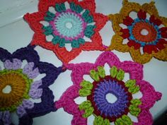 Link here to free patterns 1-7 look in the archieve or down the right hand side for individual links   How an idea can develope, the octag...