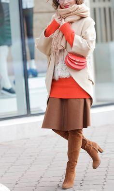 camel coat, street style photo, street styles for winter, winter outfits, chic style winter outfits, Ellena Galant,