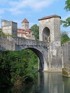 Pont de la Légende, Sauveterre-de-Béarn, Aquitaine, France