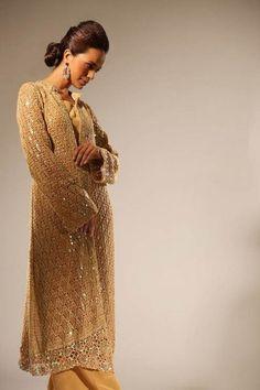Google Image Result for http://cdn.fashioninstep.com/wp-content/uploads/2012/06/Latest-And-Stylish-Delphi-Crochet-Summer-Dresses-For-Women-2012-003.jpg