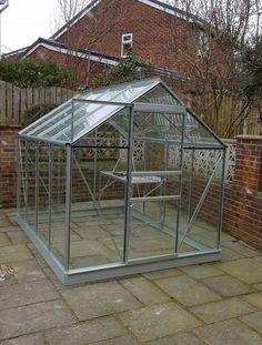 Vitavia Venus 5000 with 1 Tier Staging. Installed in Wakefield on 06.02.2018.