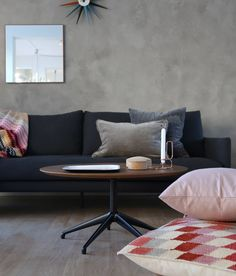 The weekend is the perfecy time to enjoy home. This is STUA Marea table. MAREA: www.stua.com/design/marea