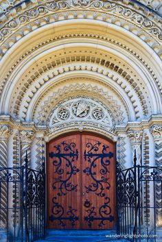 Beautiful door at University of Toronto - apparently the most photographed door in Canada - I can see why Monuments, Ontario, Toronto Architecture, Toronto Photography, Toronto Travel, University Of Toronto, Toronto Canada, Canada Travel, Windows