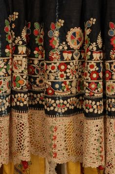 ~ Embroidery & Crochet Detail On Moravian Kroj (Czech Folk Costume) ~ To Early Century) Folk Embroidery, Floral Embroidery, Embroidery Stitches, Embroidery Patterns, Embroidered Caps, Embroidered Blouse, Motifs Textiles, Bordado Floral, Yellow Lace