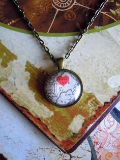 """Medaillonketten - Kette """"I love Paris"""" - ein Designerstück von Love-design bei DaWanda"""