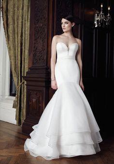 Mikaella 2002 Mermaid Wedding Dress