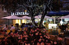 Lugar de encuentro. Desayunos, aperitivo, comidas, café, caña, vino, coctelería, copas premium, todo es posible en La Central. #ourense Hazte socio de Centro comercial Aberto Ourense Centro.