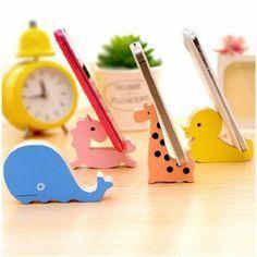 Multiple Choice Wooden Cartoon Animal Shape Mount Holder Stand Mobile Phone Supporter Bedside Phone Holder