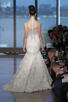 6dfa47e0296 OCTOBER2013 NEW YORK BRIDAL FASHION WEEK Beautiful Wedding Gowns