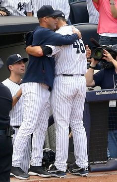 Jeter and Pettitte - both amazing players! can't believe last season for Jeter and Andy is gone. Yankees Baby, Yankees Team, Damn Yankees, New York Yankees Baseball, Baseball Socks, New York Giants, American League Baseball Teams, Baseball Players, Mlb Players