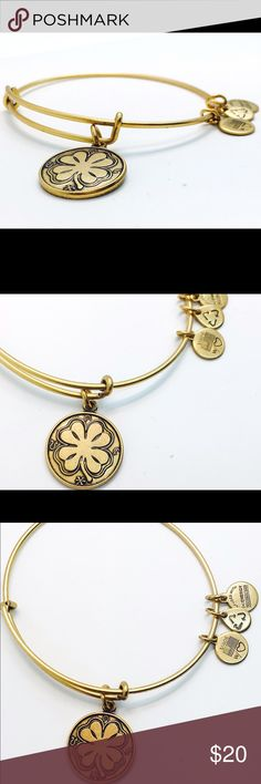 """Alex and Ani Four Leaf Clover EWB RG New without Tags!!                                                                                               Pictures by me!                                                                               ALEX AND ANI products are proudly designed&crafted in America&made with love. ALEX AND ANI products are infused with positive energy. Ancients referred to this precious energy as """"chi"""" & """"prana,"""" whereas modern science refers to it as vital force. It…"""