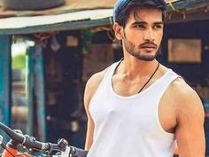 Rohit Khandelwal becomes first Indian to win the title of Mr. World!
