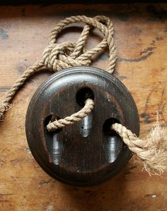 Vintage Dark Wood Pulley Block and Tackle Fitting.