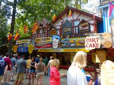 The Most Outrageous Food at the Maryland Renn Fest Maryland Renaissance Festival, Renaissance Food, Festival Image, Macaroni Cheese, Food Festival, Cool Places To Visit, Day Trips, The Good Place, Crabs